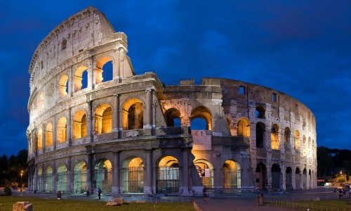 1280px-Colosseum_in_Rome,_Italy_-_April_2007