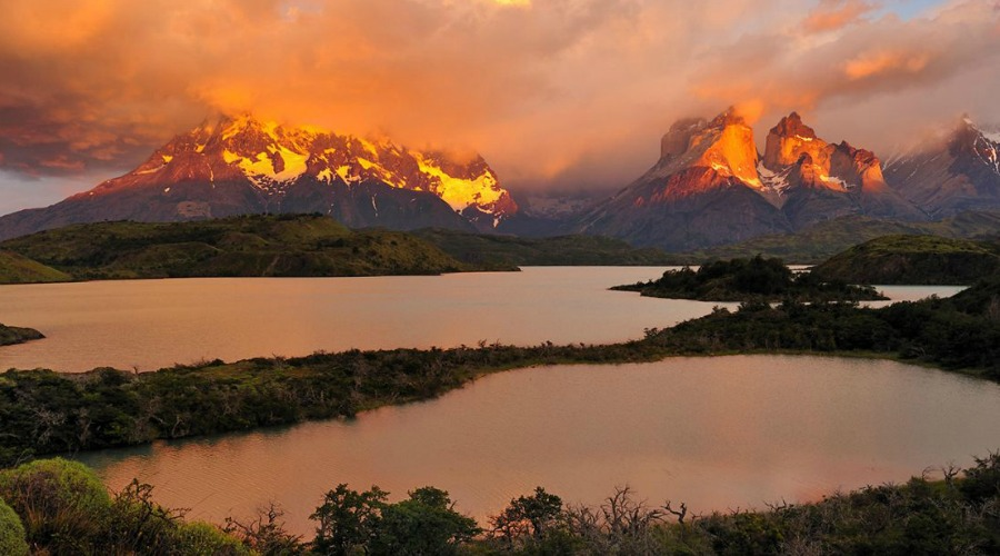 Wilderness-of-Torres-del-Paine-National-Park-at-the-sunset-Patagonia1