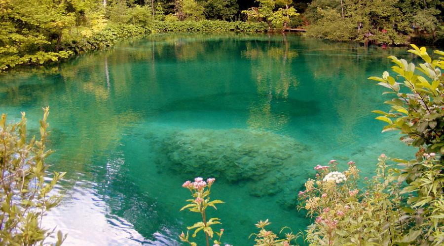 lake-476792_960_720